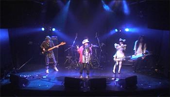 live_20120727_03.jpg
